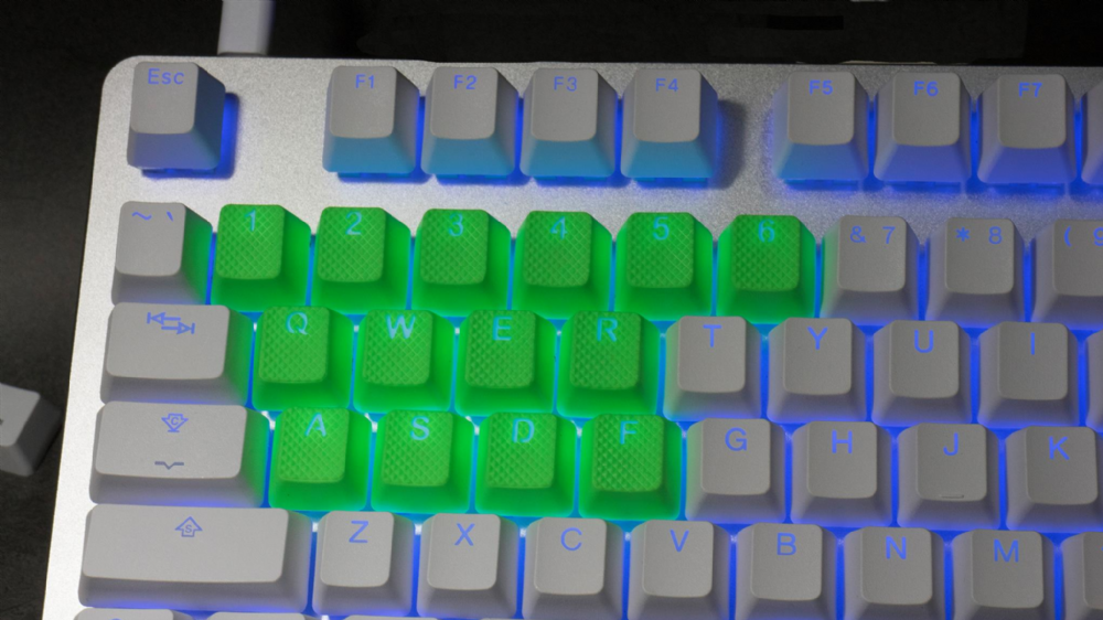 Tai-Hao TPR Rubber Backlit Double Shot 18 Keys - Neon Green